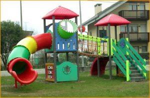Parque infantil tubos de juego rotomoldeo Rotobasque