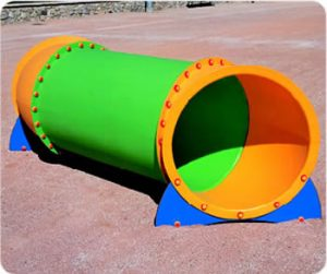 Parque infantil tubos diseño rotomoldeo