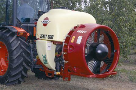 El rotomoldeo en la maquinaria agrícola