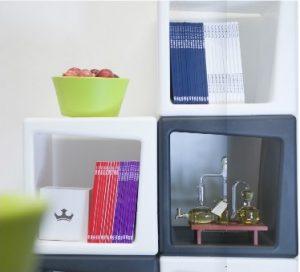 Rotocube módulos de exposición y almacenaje por rotomoldeo en 8 colores