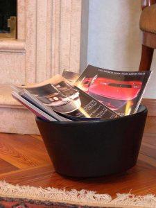 DONDINO recipiente de diseño antivuelco por rotomoldeo con revistas